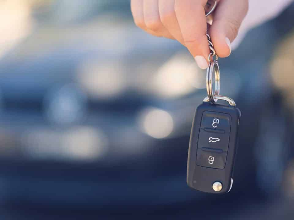 Acheter ou louer sa voiture électrique ?